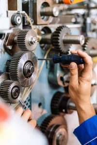 CMMS-and-IoT-how-to-go-from-corrective-maintenance-to